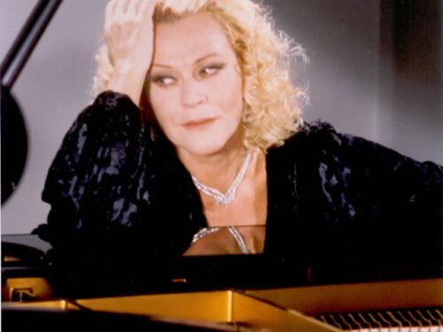 Tutto nel Mondo è Burla Estate – stasera all'opera – recital di Lucia Valentini Terrani